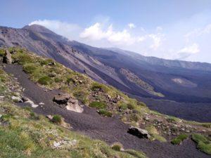 Escursione d'estate a Etna sud